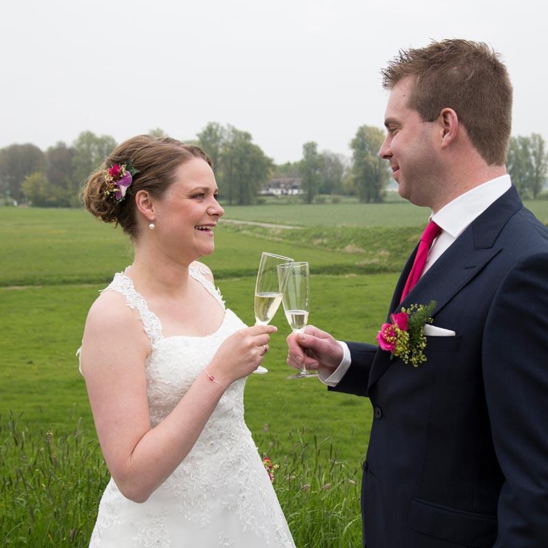 trouwen in de weilanden