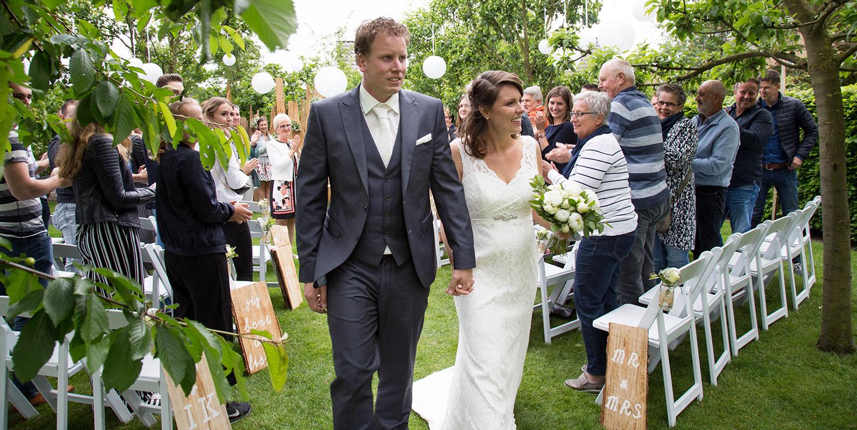 trouwen in de boomgaard