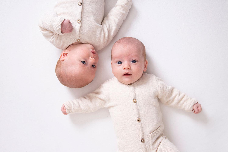 twee babys fotoshoot